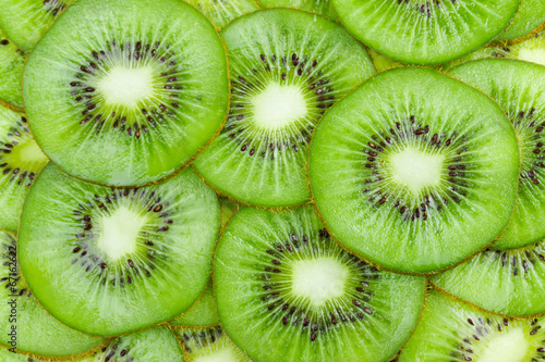 Background with fruit kiwi © Nataliia Pyzhova