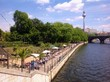 canvas print picture - relaxing with Museumsinsel view in Berlin