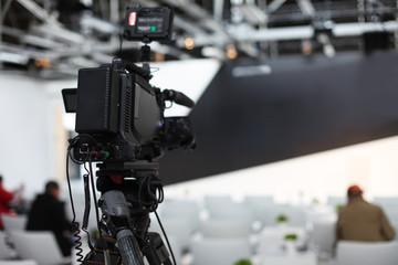 Pressekonferenz TV Kamera