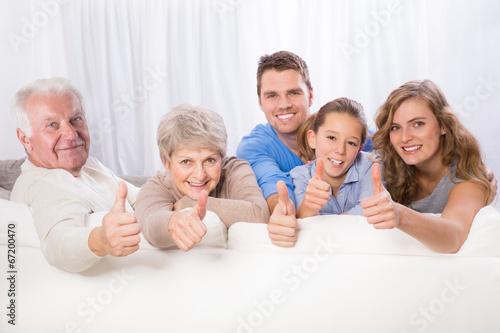 3 generationen familie - 67200470