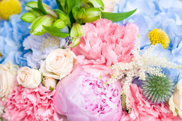 bright luxury wedding bouquet