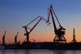 Kväll i hamnen - 67230621