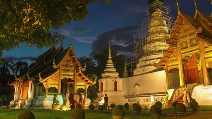 Time lapse twilight  Pra Singha Temple zoom in