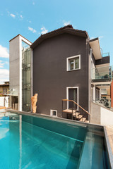 House, swimming pool