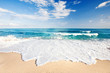 canvas print picture - Wellen am Strand von Sardinien