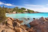 Fototapety Strand mit türkisfarbenen Wasser