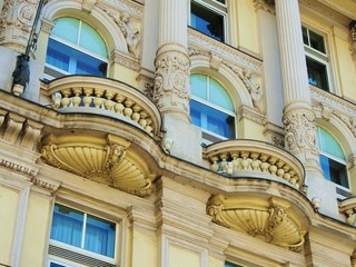 Fassade  mit  Schmuck