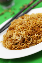 Fried noodles with black bean sauce