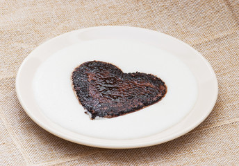Sweet cocoa heart in the semolina pudding