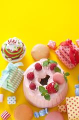 スイーツ ケーキ 雑貨 カラフル 背景素材