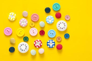 ボタン カラフル 背景素材