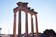 Temple d'Apollon à Side, près