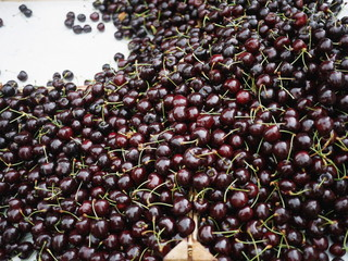cherries organic market
