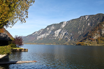 Hallstatt lake in Autumn