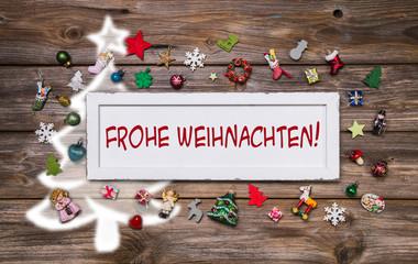 Frohe Weihnachten - Weihnachtskarte mit Text in rot und weiß