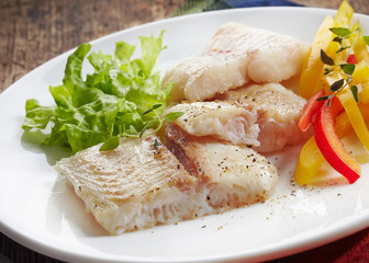 fried pangasius fish fillet pieces