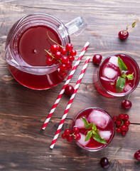 Cold berry drink