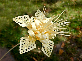 homemade straw flower