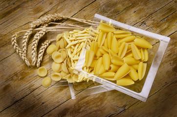 Castellane Strozzapreti Orecchiette Cucina italiana อาหารอิตาลี