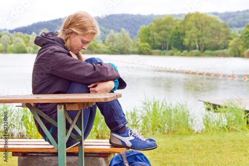 Young pepressive woman - 67326048