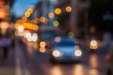 Bokeh Lichter vom nächtlichen Stadtverkehr