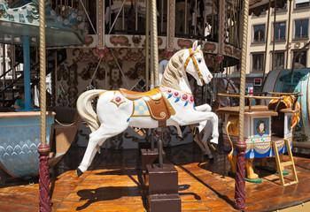 Holzpferd auf Karusell