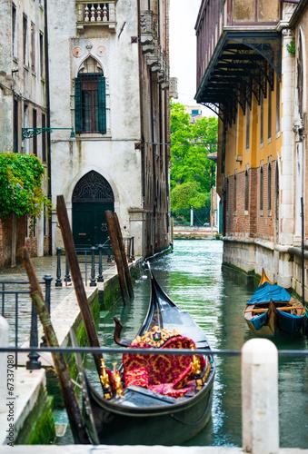 Fotobehang Venice Venetian canals