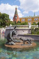 Скульптура в фонтане на Манежной площади, Москва