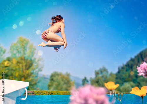 canvas print picture jump in the pool 01