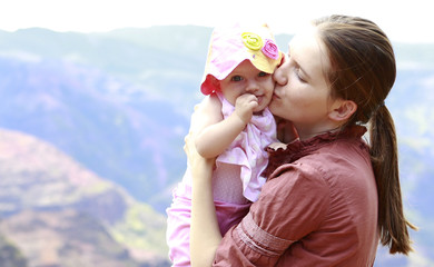Mother and her daughter in Waimea Canyon