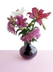 posy of multicolor lilies