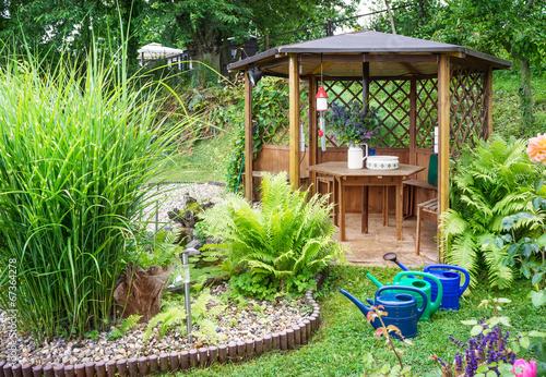 Gartenpavillon am Teich - 67364278