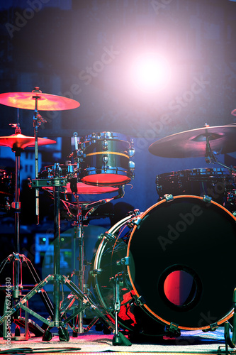 Drum Set with some cymbals on stage before a live Concert. - 67364630