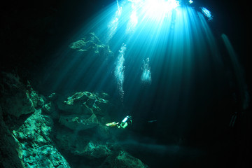 Cavediving in the cenote underwater cave