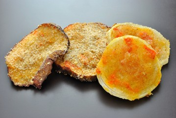 Melanzane e cipolle gratinate