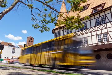 Auf der Busspur schneller durch die Stadt