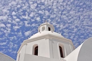 weiße kirche auf santorin, griechenland