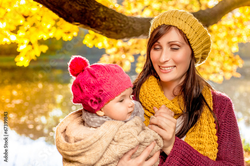 canvas print picture autumn family