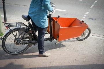 Fahrrad mit Transportkiste