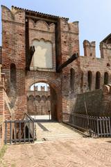 drawbridge entrance to main courtyard, Soncino Castle