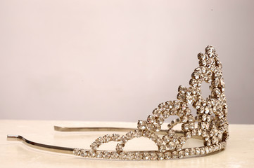 Lovely crown for a beautiful girl 5