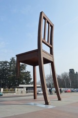 mutilated chair  monument geneve
