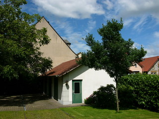 Garten mit großer Garage in Oerlinghausen im Teutoburger Wald