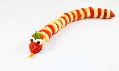 Erdbeeren-Bananen-Schlange