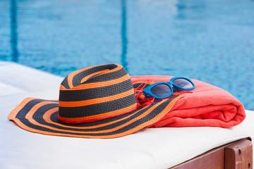 Sunbathing accessories
