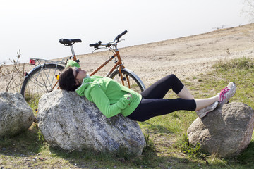 Cyclist takes a break