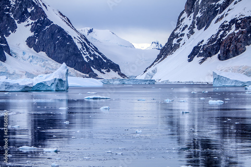 Papiers peints Antarctique Antarctic Ice Landscape