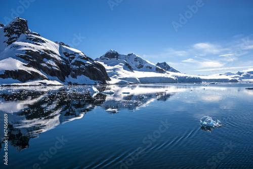 Fotobehang Gletsjers Antarctica Landscape-8