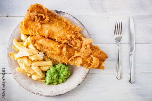 Spoed canvasdoek 2cm dik Restaurant Traditional english food - Fish and chips