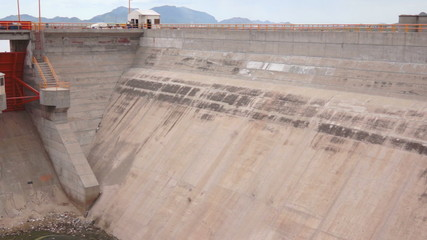Water Dam Flood Gates Pan